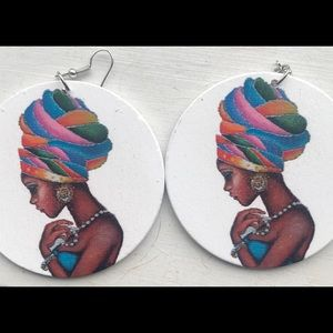Large Earrings African Lady